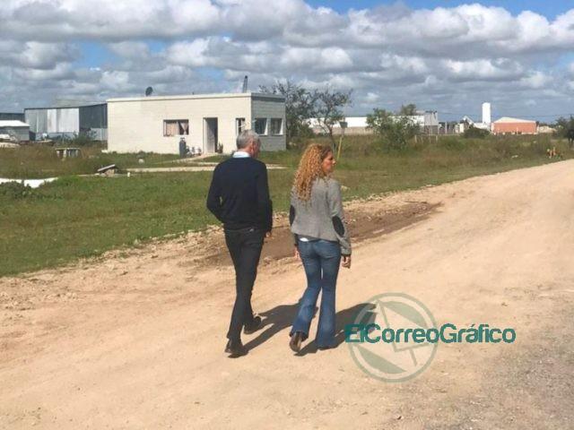 Cagliardi con la directora de Desarrollo Regional recorrieron el Sector Industrial Planificado 4