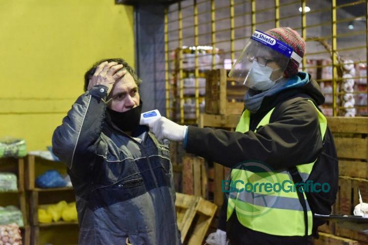Montan operativo sanitario en el Mercado Regional para desinfectar y detectar casos sospechosos de COVID-19 2