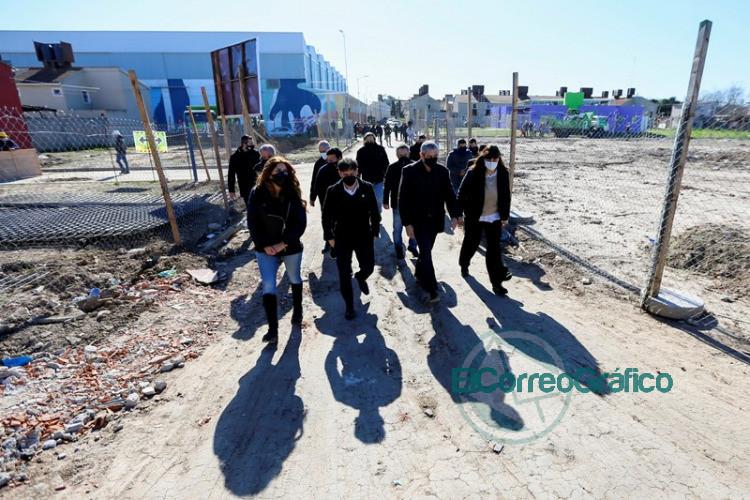La Provincia firmó convenios para avanzar en la urbanización de barrios populares 1