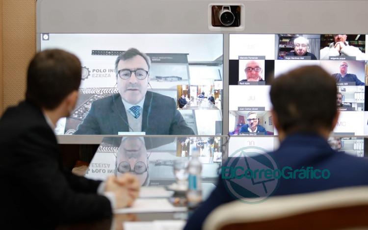 Kicillof conmemoró con cámaras empresarias bonaerenses el Día de la Industria 1