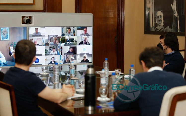 Kicillof encabezó una mesa de trabajo con intendentes de la costa atlántica 2