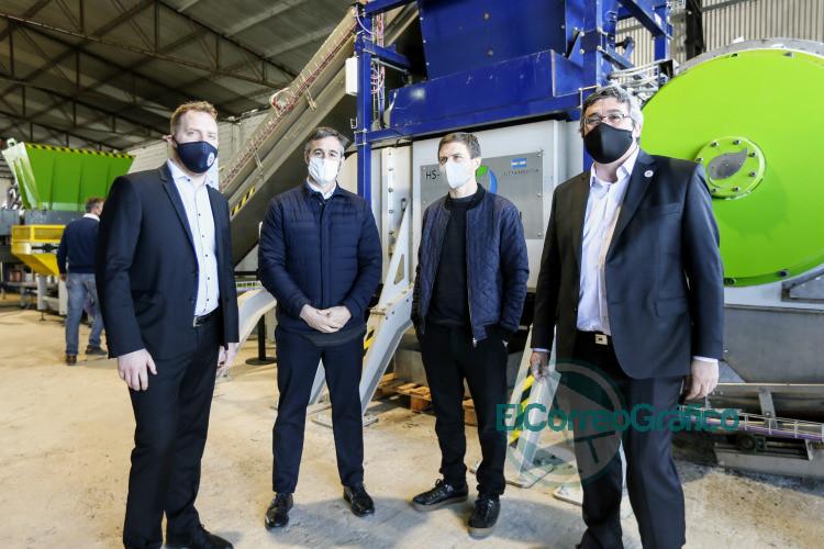 Kicillof presentó nueva tecnología nacional para la transformación de residuos urbanos 1