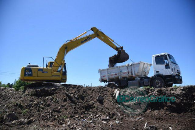 Tras el desalojo del predio, retoman la construcción del retén hídrico en Los Hornos 0