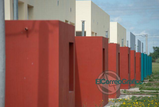 """Kicillof: «Construir viviendas es crear trabajo y reconocer los derechos de las y los bonaerenses"""" 1"""
