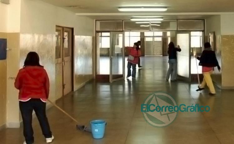Auxiliares de educacion porteros de escuelas