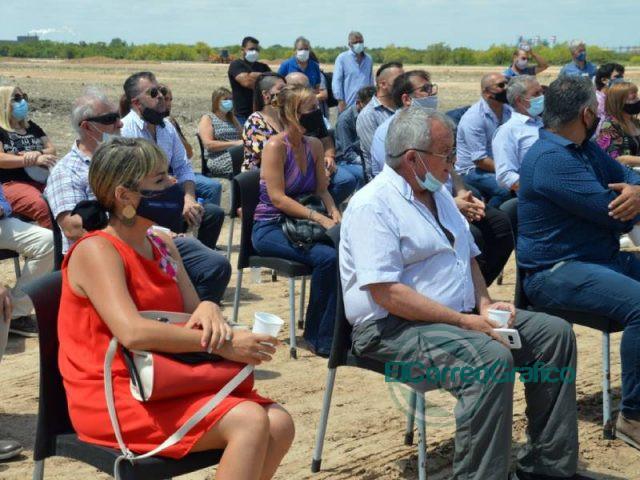 Cagliardi rubrico para la construccion de viviendas en Berisso 3