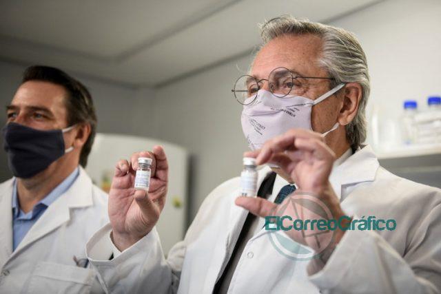 Fernandez en la UNSAM donde fabrican el suero hiperinmune anti COVID 19 3