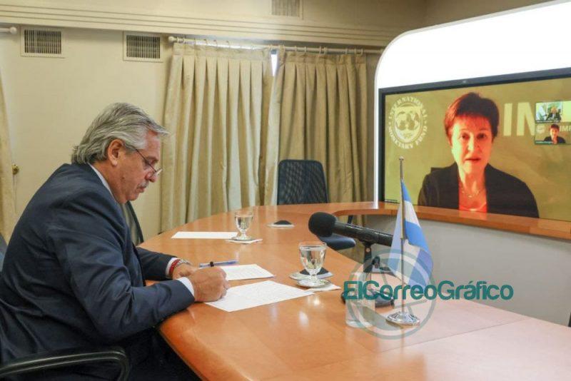Fernandez mantuvo un dialogo con la titular del FMI