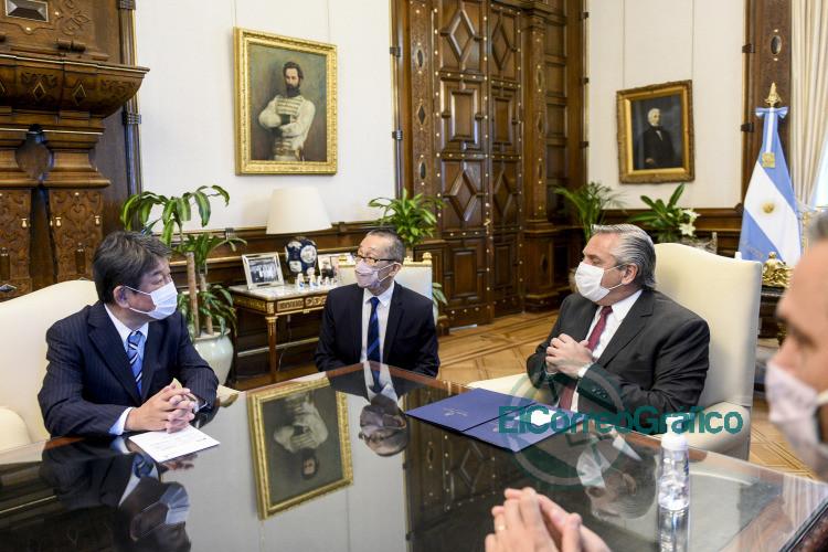 Fernandez se reunio con el ministro de Asuntos Exteriores de Japon