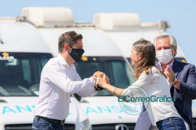 Kicillof con Fernandez y Raverta en la promulgacion la Movilidad Jubilatoria 02