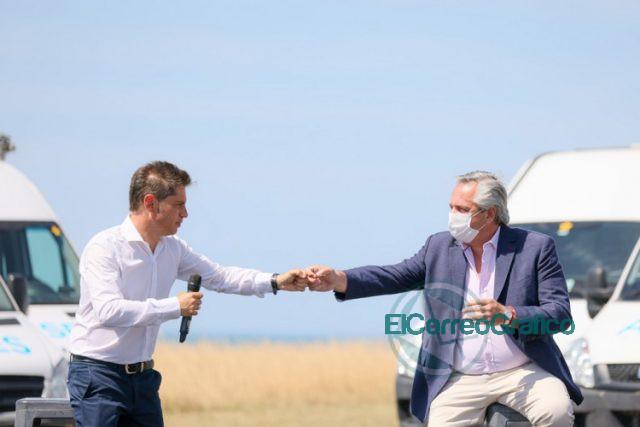 Kicillof con Fernandez y Raverta en la promulgacion la Movilidad Jubilatoria 06