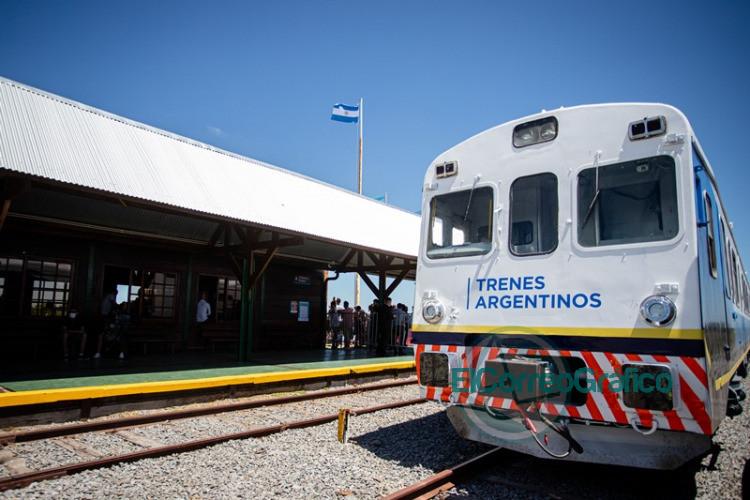 Retorno del tren de pasajeros que llega hasta Pinamar 2