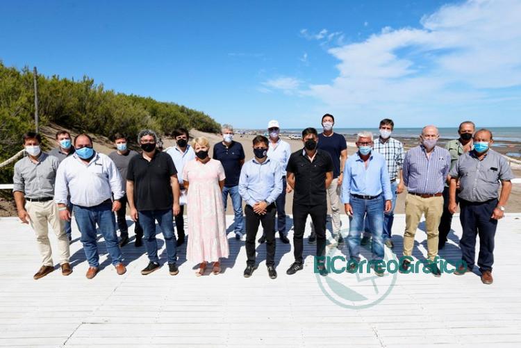 Reunion de Kicillof e intendentes 3