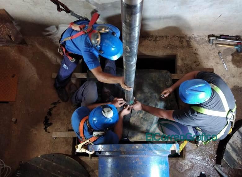 Avanza el recambio del equipo de bombeo en la Planta Potabilizadora de ABSA Punta Lara 03 02 2021