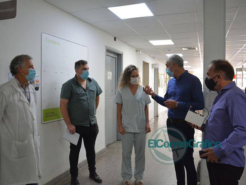 Cagliardi inauguro la instalacion de un sensor de dioxido de carbono en el Hospital 1