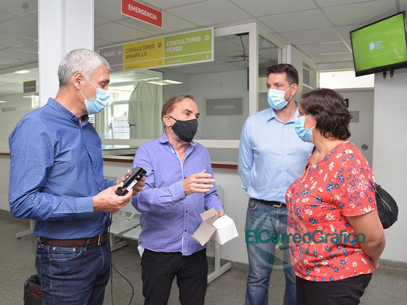 Cagliardi inauguro la instalacion de un sensor de dioxido de carbono en el Hospital 3