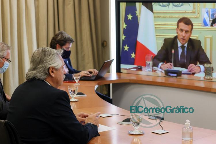 Fernandez con Macron coincidieron en declarar la vacuna contra el COVID 19 como un bien universal 1