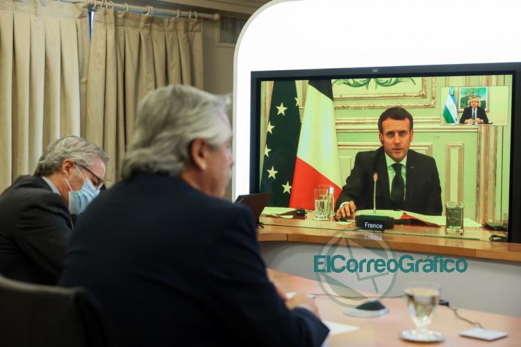 Fernandez con Macron coincidieron en declarar la vacuna contra el COVID 19 como un bien universal 2