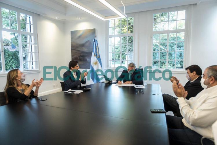Fernandez recibio a sindicatos docentes tras paritaria nacional del por ciento