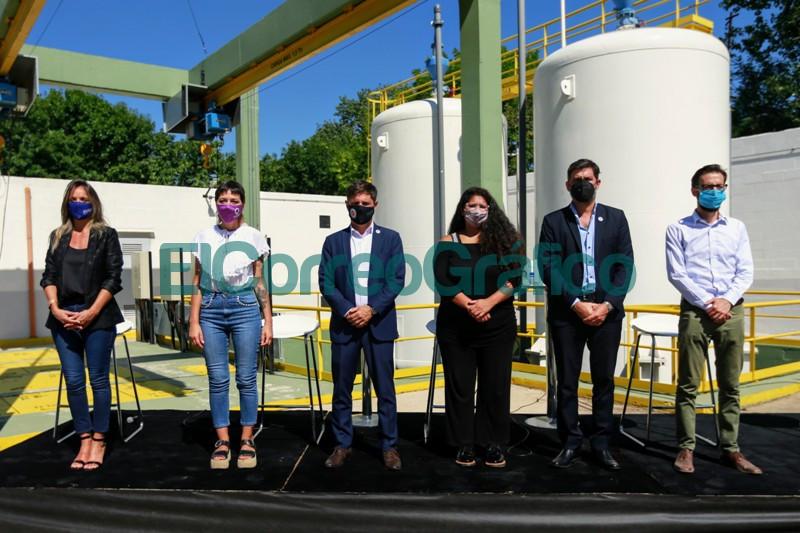 Kicillof Mendoza y Galmarini inauguraron obras cloacales y de agua potable en Quilmes 2