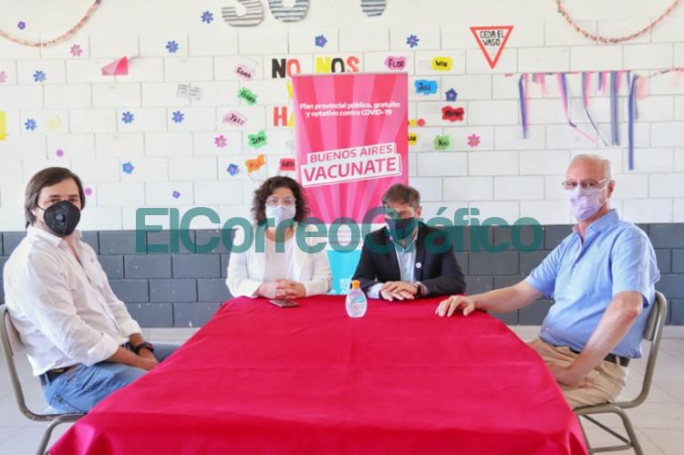 Kicillof y Vizzotti visitaron una posta de vacunacion en Moron