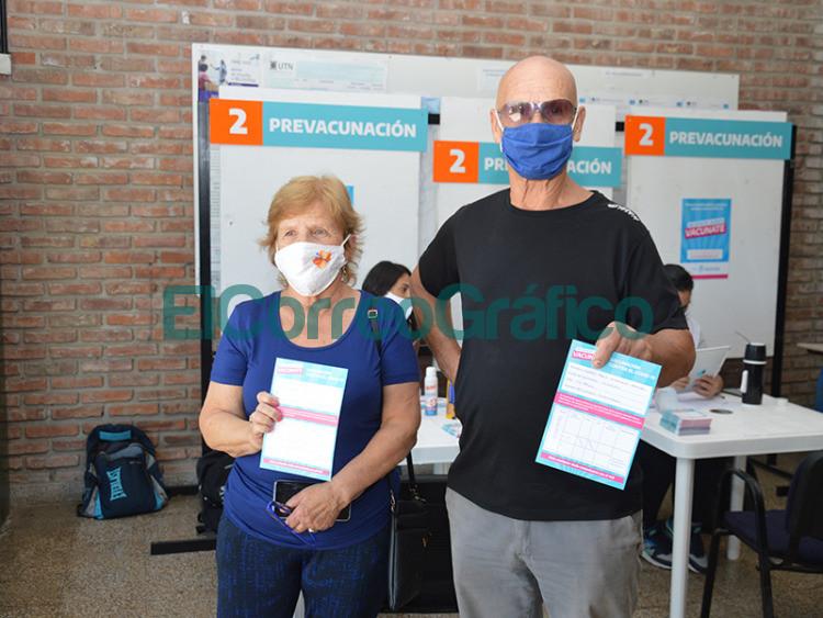 Se habilito en la UTN un vacunatorio contra el COVID 19 y a Cagliardi no le falto su foto 5