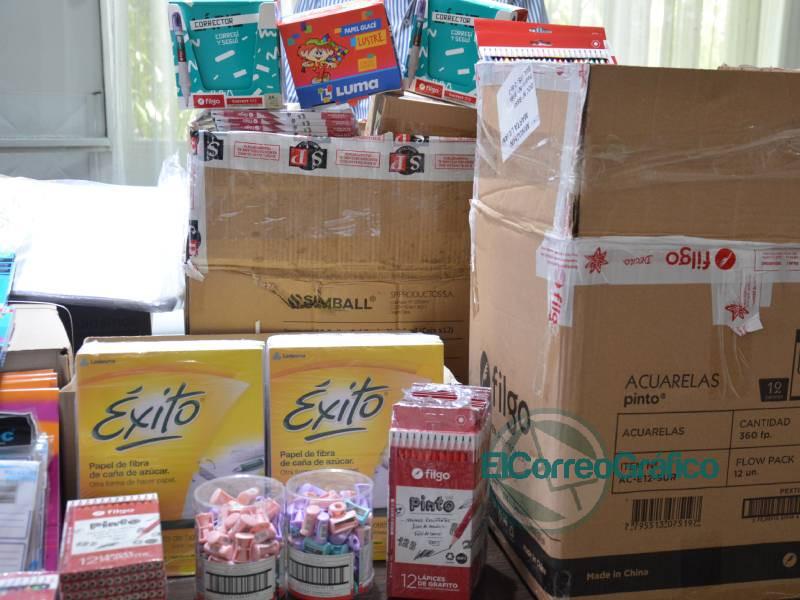 TecPlata dono utiles escolares a Cagliardi 3
