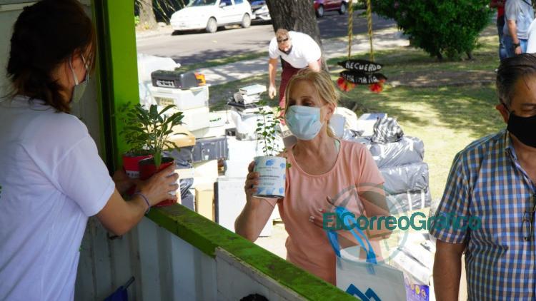 jornada de Eco Canje a Parque Castelli