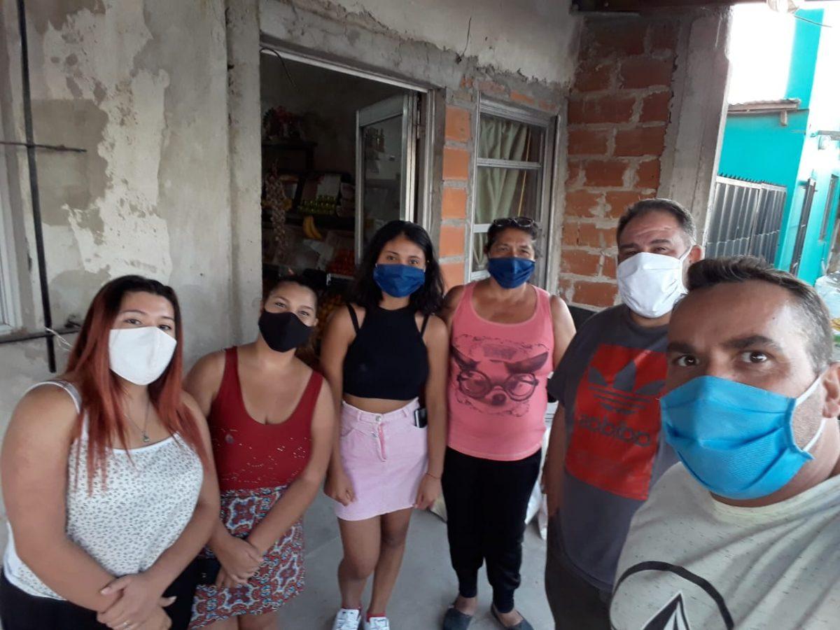 Asistencia de VAMOS a familias del barrio Santa Teresita