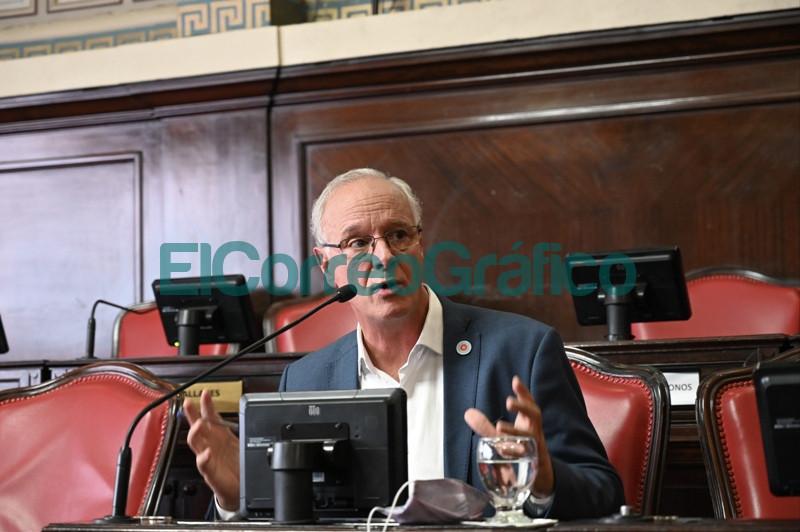Bianco presento el informe del Ejecutivo ante la Bicameral de la Legislatura 03