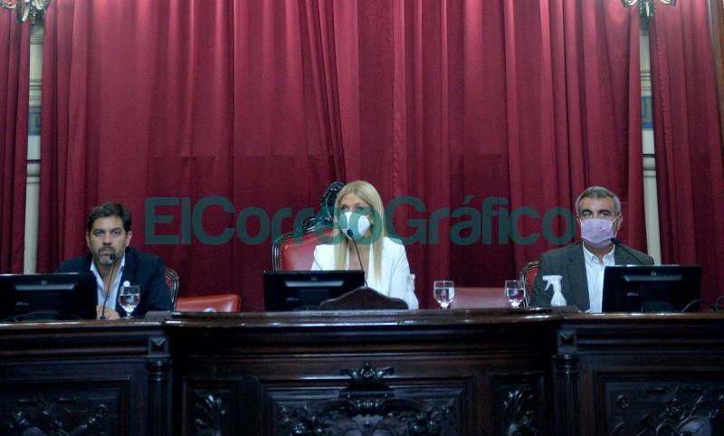 Bianco presento el informe del Ejecutivo ante la Bicameral de la Legislatura 16