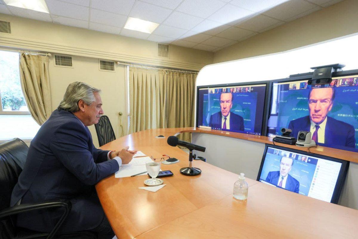 Fernandez dialogo con el titular del Banco Mundial