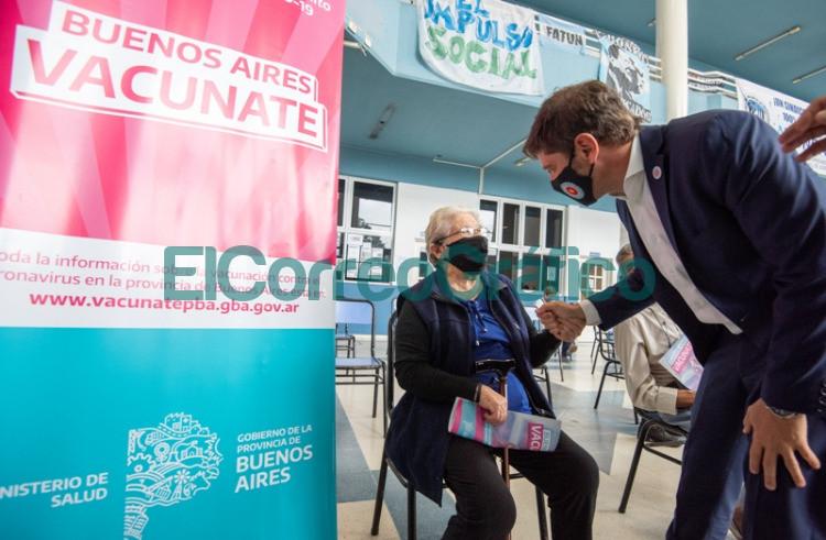 Kicillof y Vizzotti visitaron un operativo de vacunacion en Jose C. Paz 3