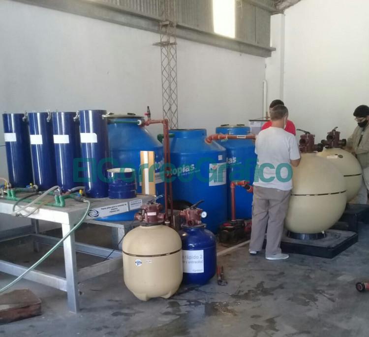 Mediciones en la planta de tratamiento de agua en Veronica