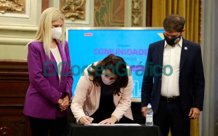 Provincia presento programas para fortalecer los casos de violencia de genero 2