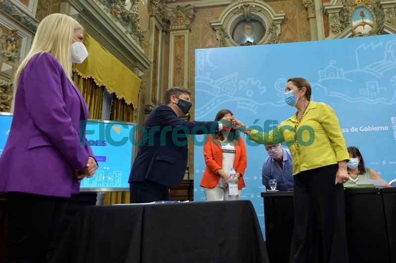 Provincia presento programas para fortalecer los casos de violencia de genero 7