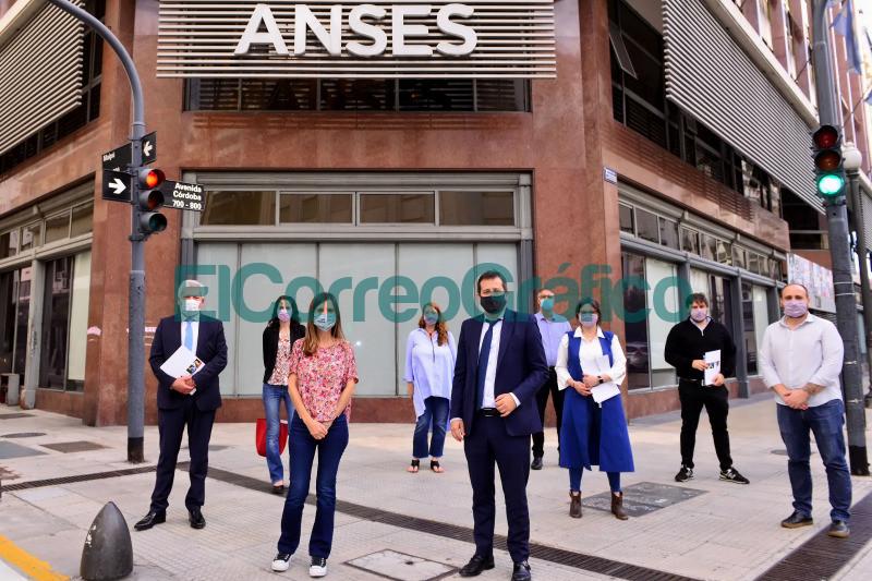 ANSES confirmo el pago del refuerzo de la AUH de 15.000 pesos en CABA 1