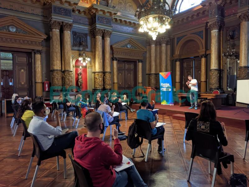 Capacitaciones en Lengua de Senas para personal de atencion al publico 2