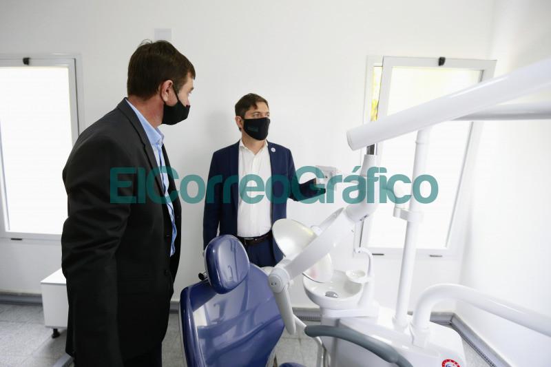 Kicillof paseo por un operativo de vacunacion en Magdalena 2