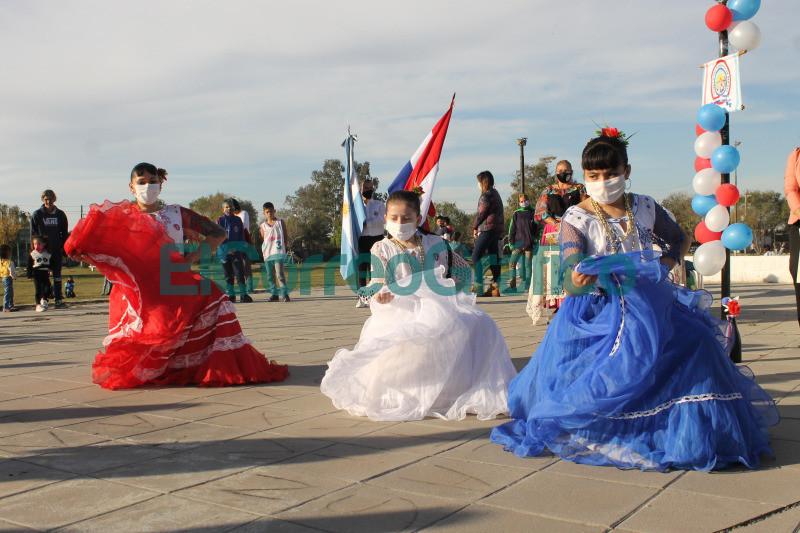 Conmemoracion del 210o aniversario de la Independencia del Paraguay 2
