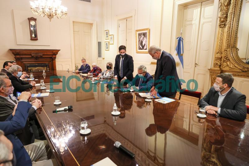 El Gobierno Nacional acordo un 35 de aumento con gremios docentes y no docentes universitarios