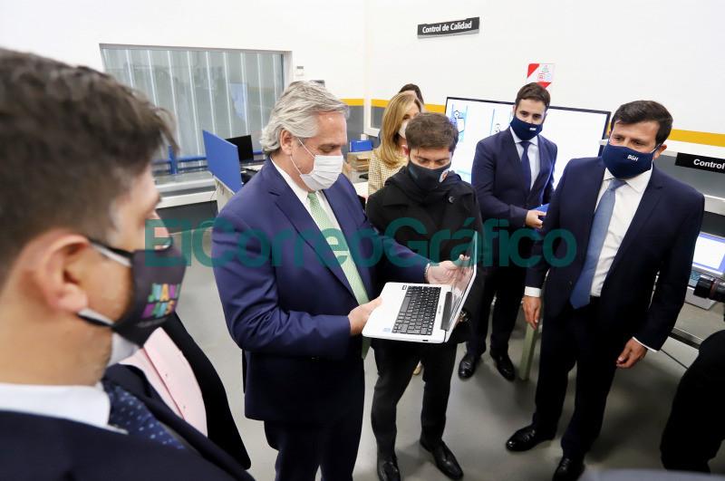 Kicillof con Fernandez del lanzamiento del Plan Federal de Conectividad Juana Manso 2