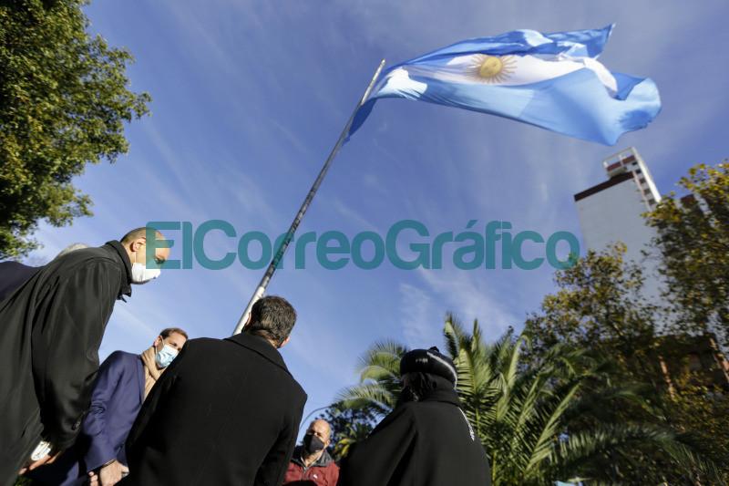Kicillof encabezo el acto de conmemoracion de la Revolucion de Mayo 6