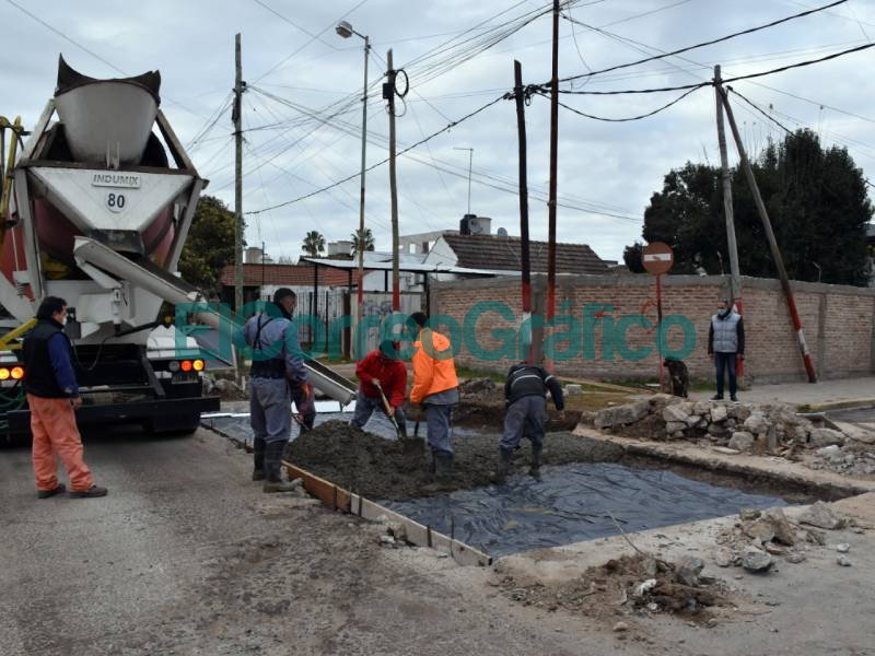 Avanza el Plan Municipal de Bacheo en La Franja 📬 El Correo Grafico 3