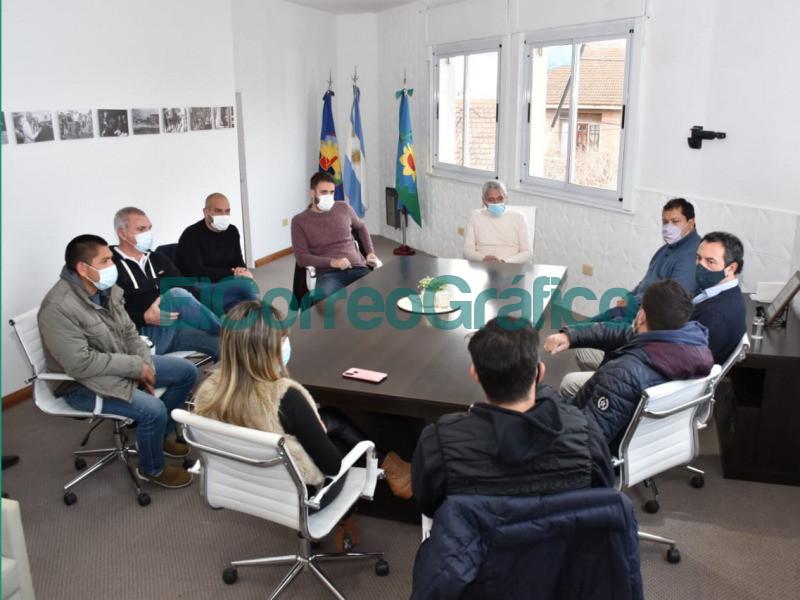 Coordinan la organizacion de la seguridad en partidos de Villa San Carlos 1