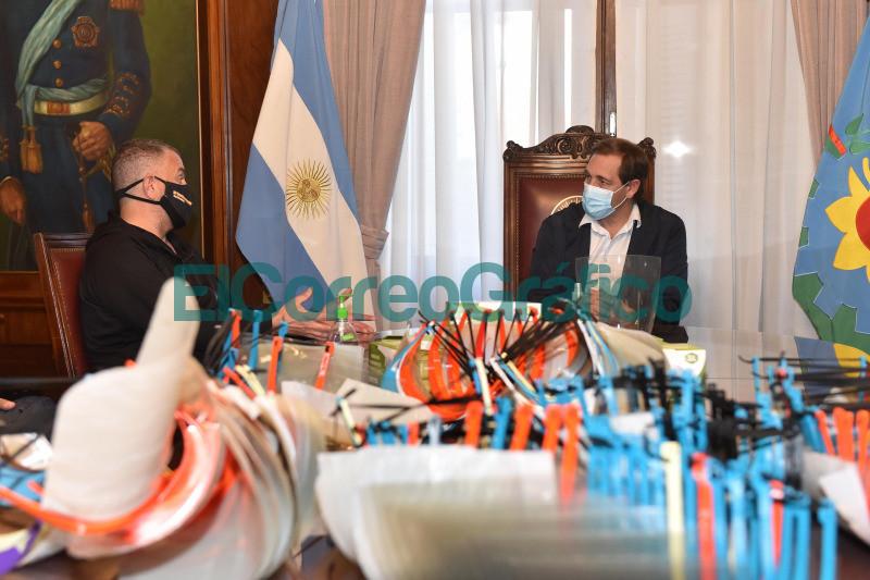 Donacion de insumos medicos por parte de la Fundacion Argentina Social