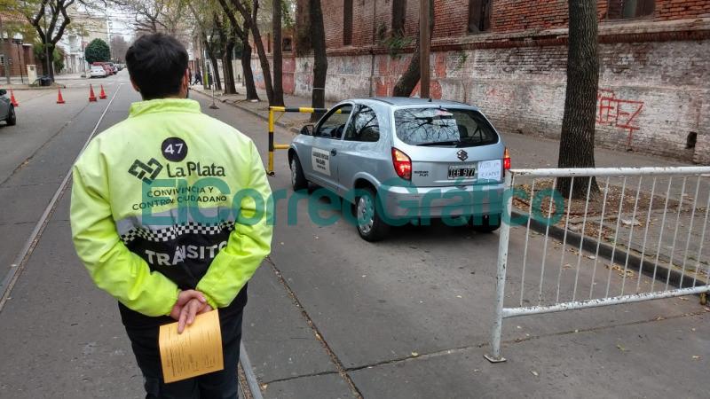 Licencias de conducir espacios en las pruebas de manejo La Plata