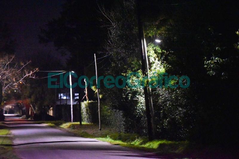 Se completo la instalacion de nuevas luminarias LED en Savoia